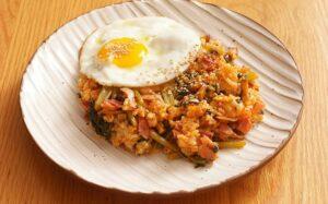 Les recettes de Mikou: riz frit au kimchi (kimchi bokkeumbap) - %idee recette%